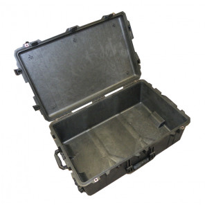 Pelican™ 1650 Case-No Foam-Black
