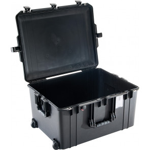 Pelican™ 1637 Air Case-No Foam-Black